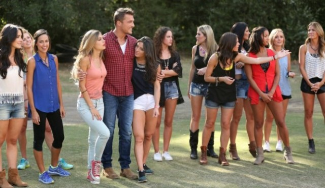 abc-the-bachelor-2015-episode-3-chris-soules-group-date-665x385