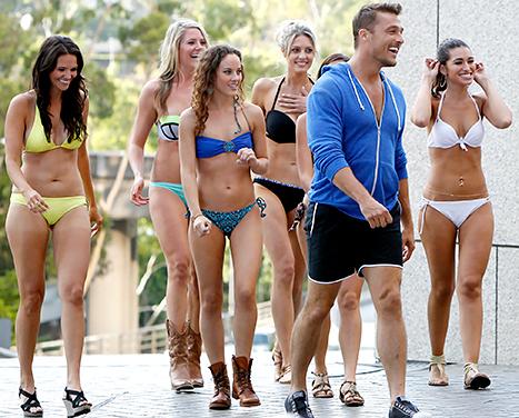 Bachelor-girls-with-Chris-467